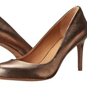Coach Rosey Bronze Metallic Round Toe Pumps Heels